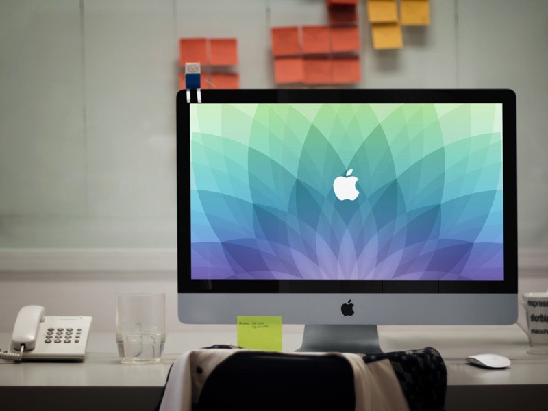 March 9 Apple Event Desktop Wallpaper splash 1024x768