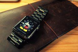 Apple Watchスポーツモデルがクールなメタルウォッチに進化する